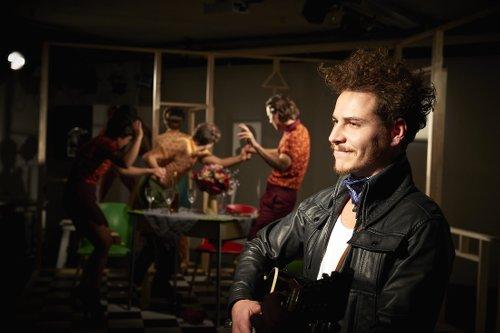 Inszenierung - Ein Teil der Gans - Max Claessen